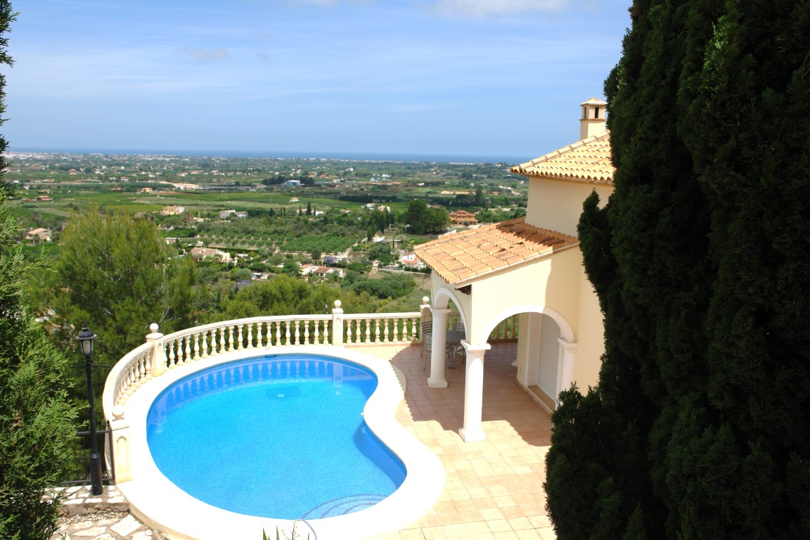 Huizen-Villa te koop in La Sella